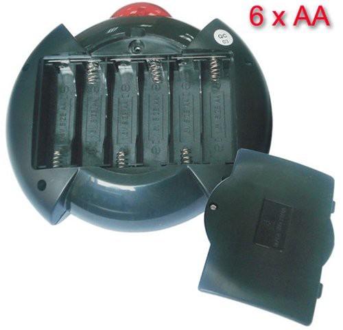 Беспроводной контроллер работает от 6 обычных батареек типа АА