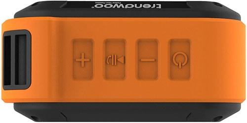 Синхронизация колонки с другими устройствами и управление её функциями производится клавишами, расположенными на верхней панели корпуса