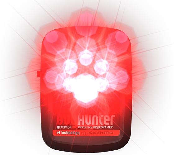 """Яркие светодиоды детектора """"BugHunter Dvideo Nano"""" вызывают блики на объективах жучков независимо от того, включена скрытая камера или нет"""