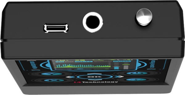 """На верхнем торце детектора """"BugHunter Professional-3"""" находятся разъемы и выдвижная антенна"""