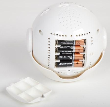 """Отсек для установки батареек в планетарии Homestar """"Aurora Alaska"""""""