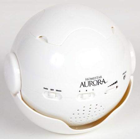 """Домашний планетарий Homestar """"Aurora Alaska"""" в закрытом виде, крышка на верхней части оберегает линзы от пыли и других факторов, когда планетарий не используется"""