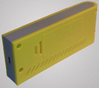 miniUSB-порт для зарядки дозиметра Defender расположен на нижней торцевой части корпуса